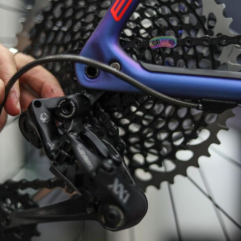 Reparatie-mountainbike-Toma-Cycles-Kerkrade